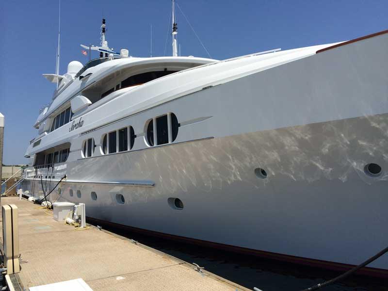 yacht-detailing-maintenance